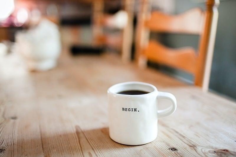 kubek-kawy-recenzja-ksiazki
